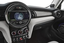 BMW ミニクーパーS F56のサムネイル画像