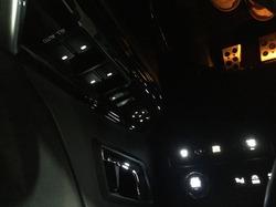 アルファード LED打ち替え