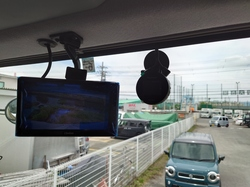 トラック ドライブレコーダー取付