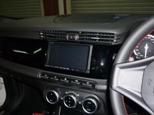 Alfa Romeo Giulietta 2DINキット(ブラック・右ハンドル用)ステリモ対応CANバスアダプター同梱タイプ